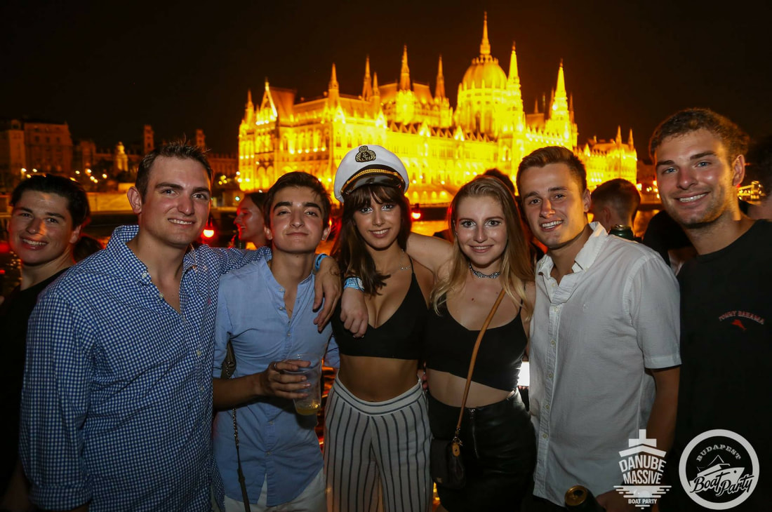 Budapest-boat-party