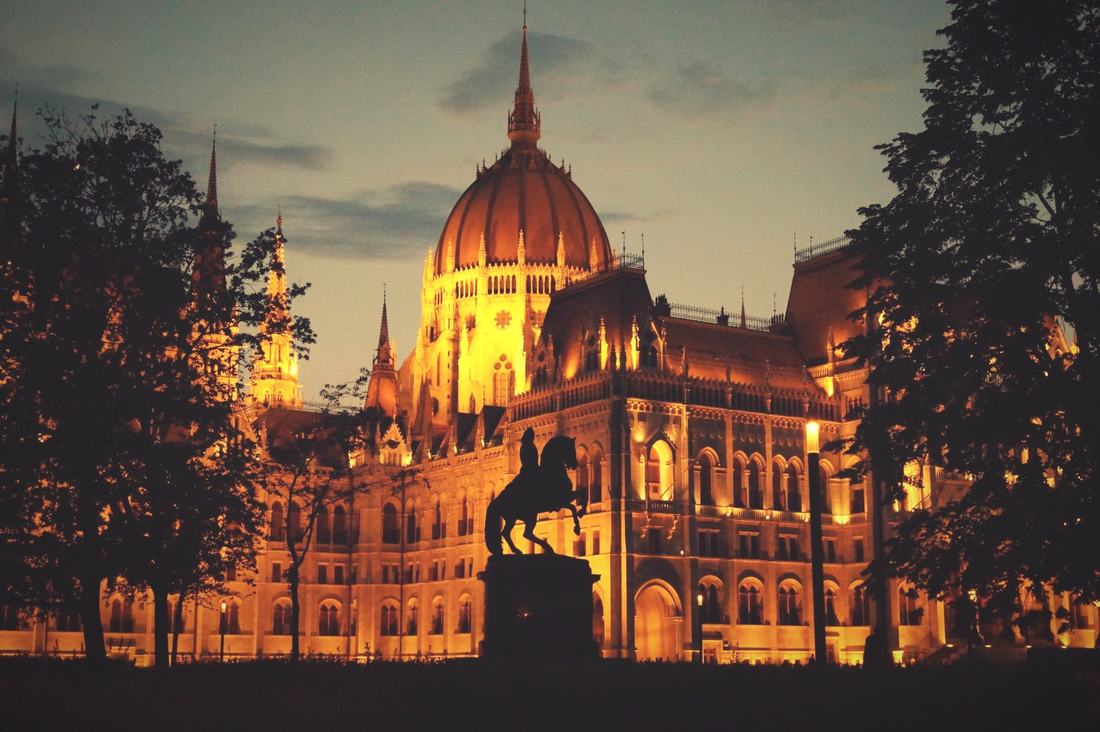 Parliament Budapest by night-Bus tours by night Budapest